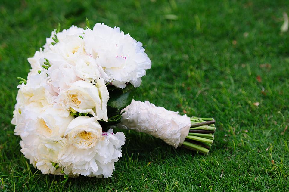 Su-V Expressions Custom Wedding Bouquets